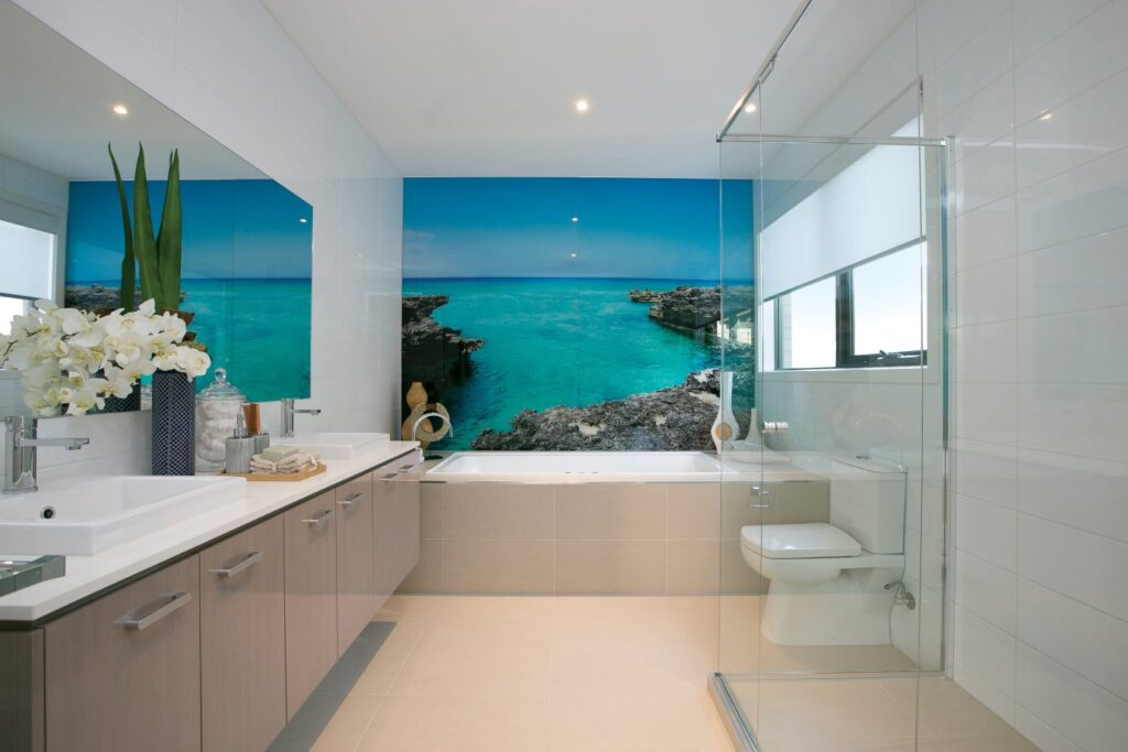 splashbackcatbathroom